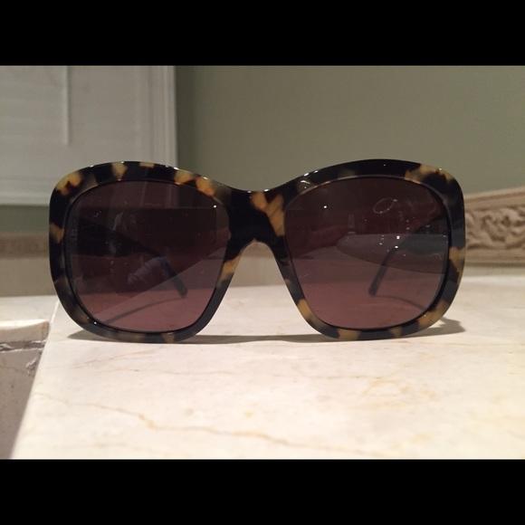 d3fc1f0ef951 Beautiful Tortoise-Shell Versace Sunglasses. M 5b3459673e0caa1f63dc0514.  Other Accessories ...